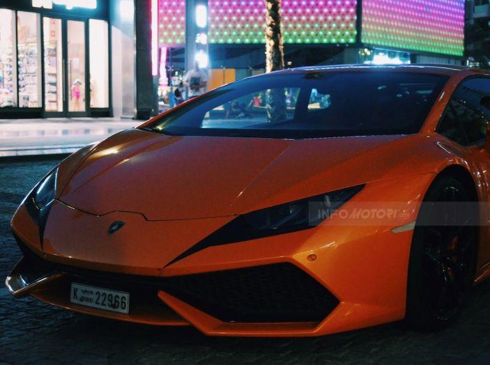 Dubai, noleggia una Lamborghini Huracán e prende 40 mila euro di multa in 3 ore - Foto 12 di 17