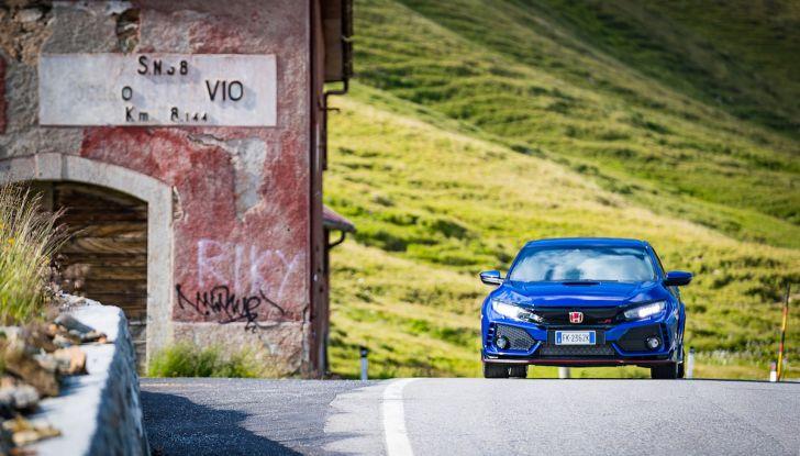 Prova Honda Civic Type R 2018: una vera sportiva senza rinunce nel quotidiano - Foto 16 di 32
