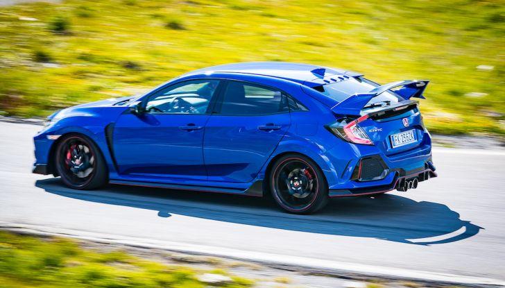 Prova Honda Civic Type R 2018: una vera sportiva senza rinunce nel quotidiano - Foto 25 di 32