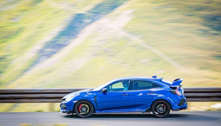 Prova Honda Civic Type R 2018: una vera sportiva senza rinunce nel quotidiano - Foto 30 di 32