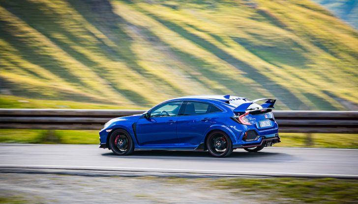 Prova Honda Civic Type R 2018: una vera sportiva senza rinunce nel quotidiano - Foto 31 di 32
