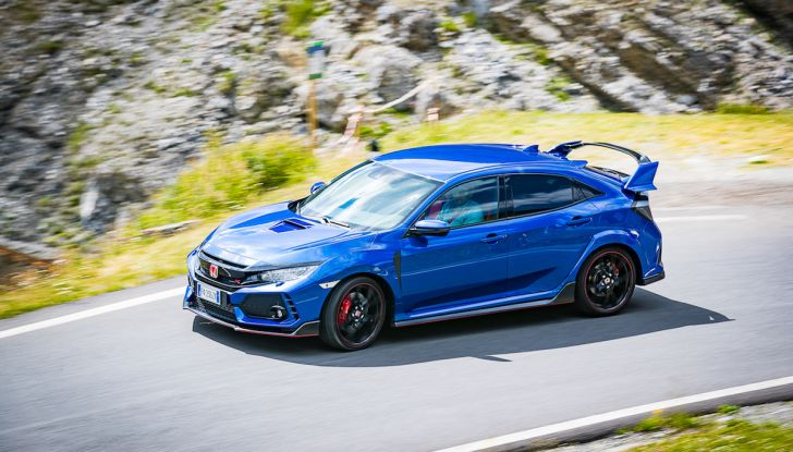 Prova Honda Civic Type R 2018: una vera sportiva senza rinunce nel quotidiano - Foto 8 di 32