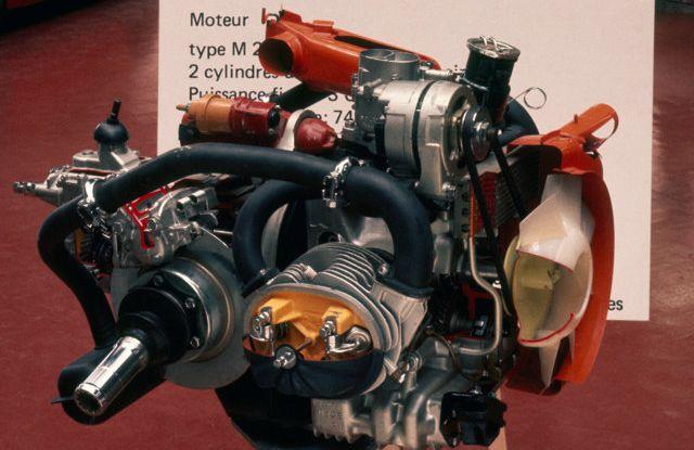 Il motore della 2CV fatto da un italiano - Foto 1 di 6
