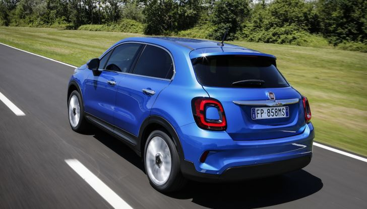 Nuova Fiat 500X 2018: nuovi motori, tecnologia e stile a 15.500€ - Foto 25 di 40