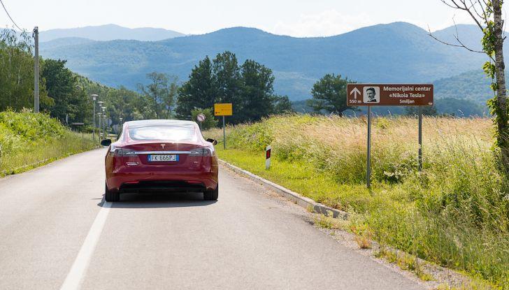 Un tributo a Nikola Tesla: viaggio con l'auto elettrica dall'Italia a Belgrado - Foto 38 di 41