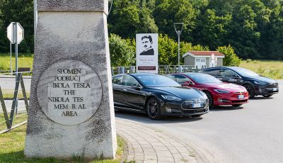 Un tributo a Nikola Tesla: viaggio con l'auto elettrica dall'Italia a Belgrado