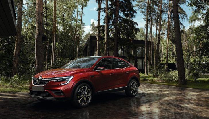Renault Arkana 2019: il nuovo Crossover della Losanga presentato a Mosca - Foto 2 di 9