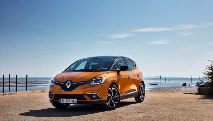 Prova nuova Renault Scenic: ora con il benzina TCe da 115, 140 e 160CV [VIDEO] - Foto 16 di 24