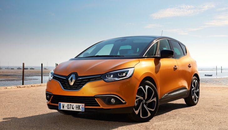 Prova nuova Renault Scenic: ora con il benzina TCe da 115, 140 e 160CV [VIDEO] - Foto 17 di 24
