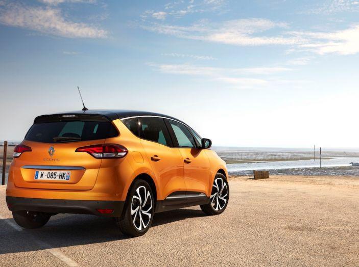 Prova nuova Renault Scenic: ora con il benzina TCe da 115, 140 e 160CV [VIDEO] - Foto 18 di 24