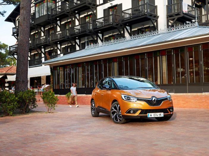 Prova nuova Renault Scenic: ora con il benzina TCe da 115, 140 e 160CV [VIDEO] - Foto 19 di 24