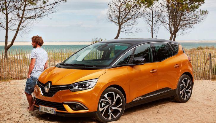 Prova nuova Renault Scenic: ora con il benzina TCe da 115, 140 e 160CV [VIDEO] - Foto 1 di 24