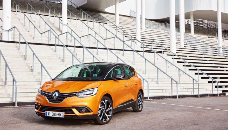 Prova nuova Renault Scenic: ora con il benzina TCe da 115, 140 e 160CV [VIDEO] - Foto 21 di 24