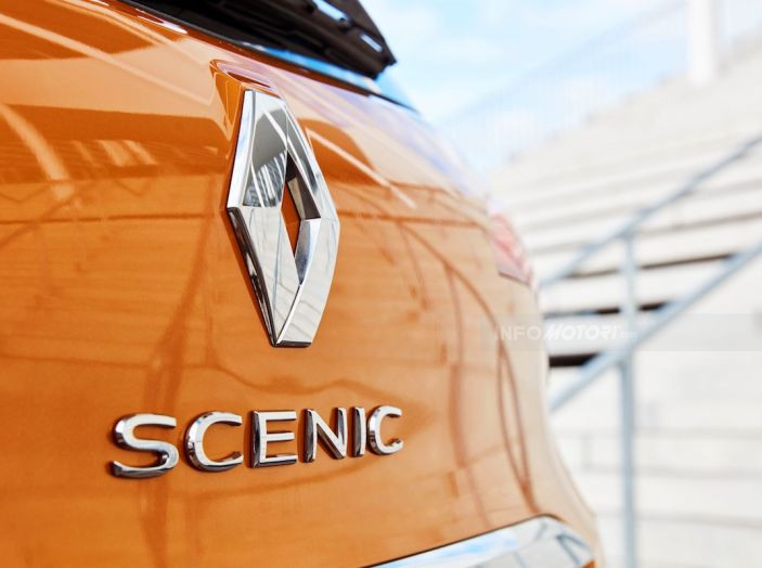 Prova nuova Renault Scenic: ora con il benzina TCe da 115, 140 e 160CV [VIDEO] - Foto 24 di 24