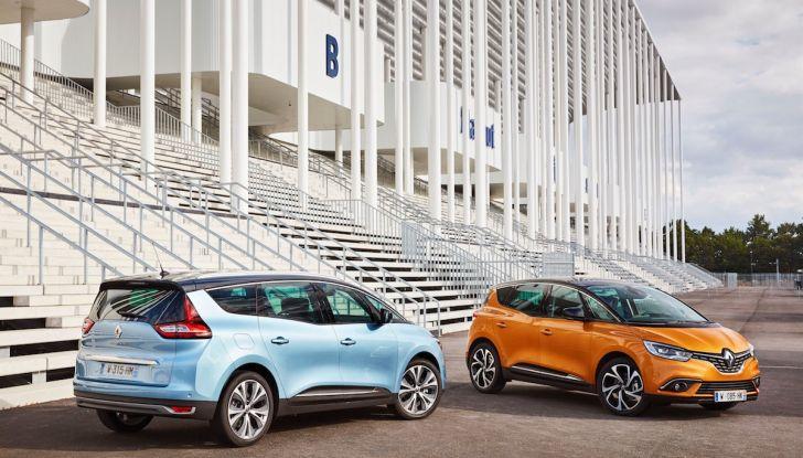 Prova nuova Renault Scenic: ora con il benzina TCe da 115, 140 e 160CV [VIDEO] - Foto 6 di 24