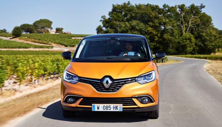 Prova nuova Renault Scenic: ora con il benzina TCe da 115, 140 e 160CV [VIDEO] - Foto 11 di 24