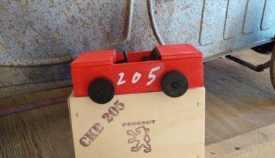 La Peugeot 205 Junior e la scatola di sapone