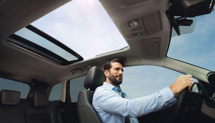 Nuova Suzuki Vitara 2019: facelift tecnologico per festeggiare i 30 anni - Foto 6 di 6