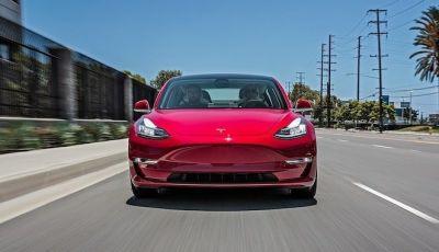 Le auto Tesla hanno meno incidenti delle concorrenti
