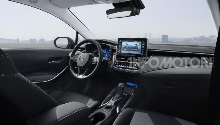 Toyota Corolla 2019: il ritorno di un mito per il segmento C - Foto 23 di 27