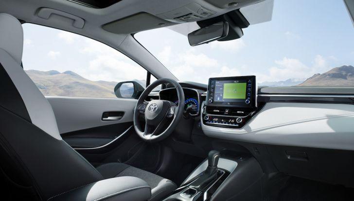 Toyota Corolla 2019: il ritorno di un mito per il segmento C - Foto 7 di 27