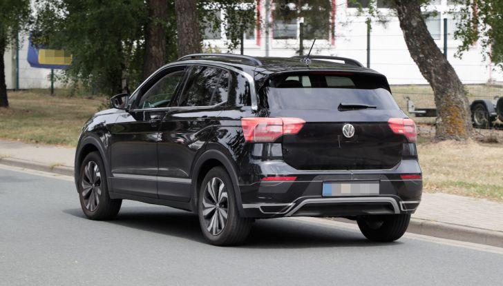 Volkswagen T-Cross First Edition: il City SUV compatto e funzionale - Foto 10 di 12