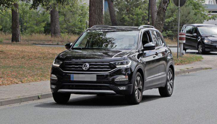 Volkswagen T-Cross 2019: il crossover entry-level su base Polo - Foto 2 di 12