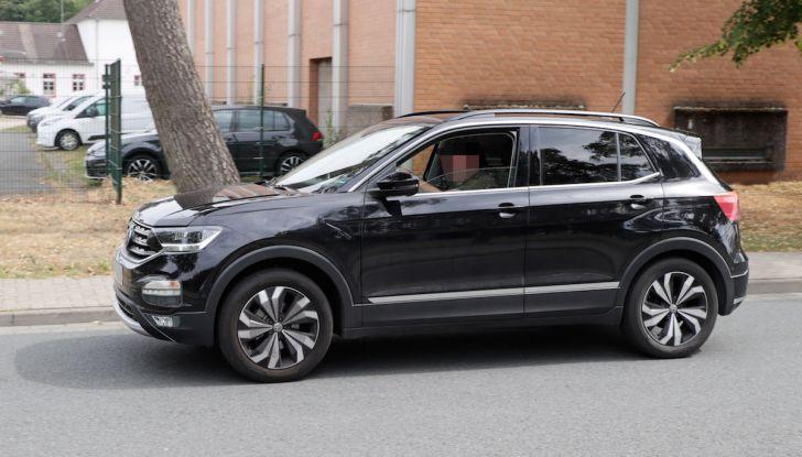 Volkswagen T-Cross First Edition: il City SUV compatto e funzionale - Foto 6 di 12