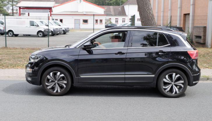 Volkswagen T-Cross First Edition: il City SUV compatto e funzionale - Foto 7 di 12