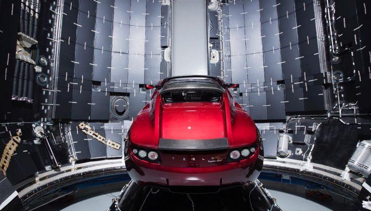 Le auto Tesla hanno meno incidenti delle concorrenti - Foto 12 di 15