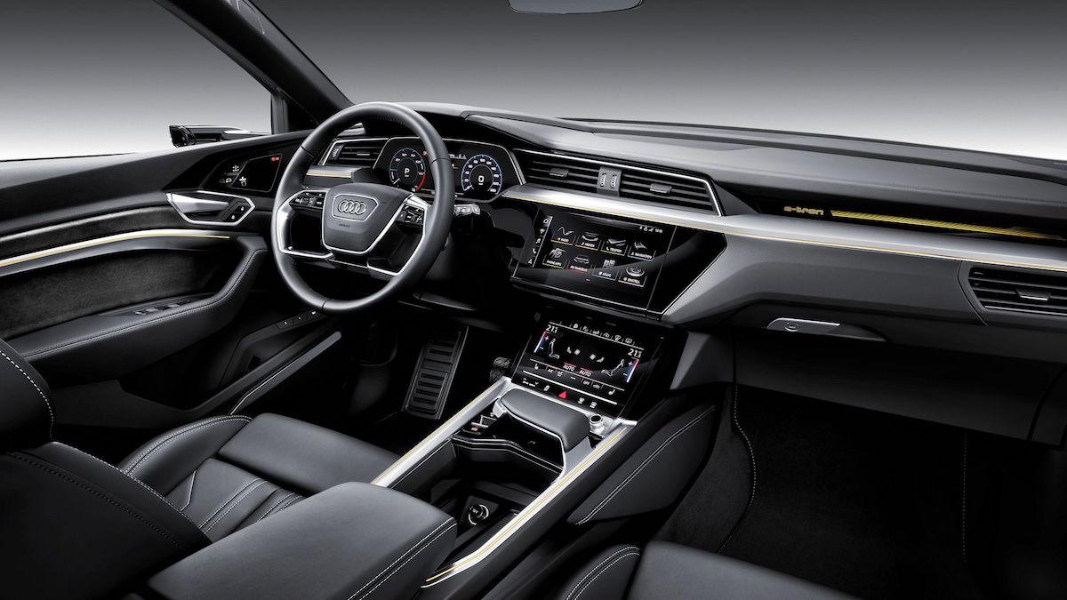 Audi e-Tron interior 2018