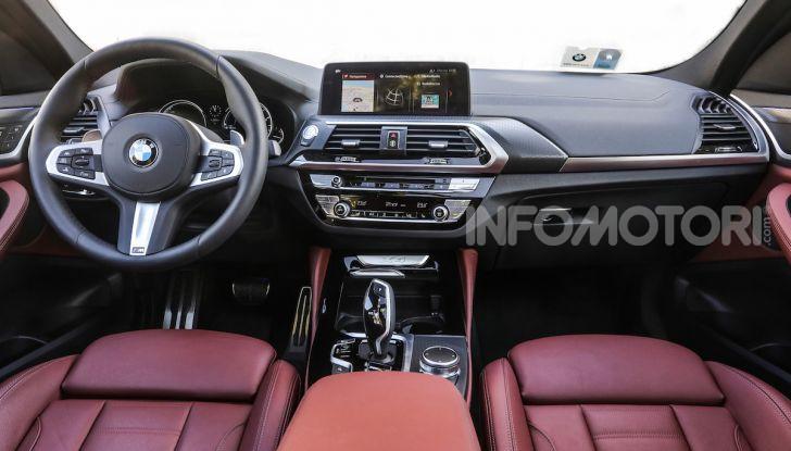 BMW X4 2018, prova in anteprima: SUV d'assalto con tecnologia e stile - Foto 18 di 21