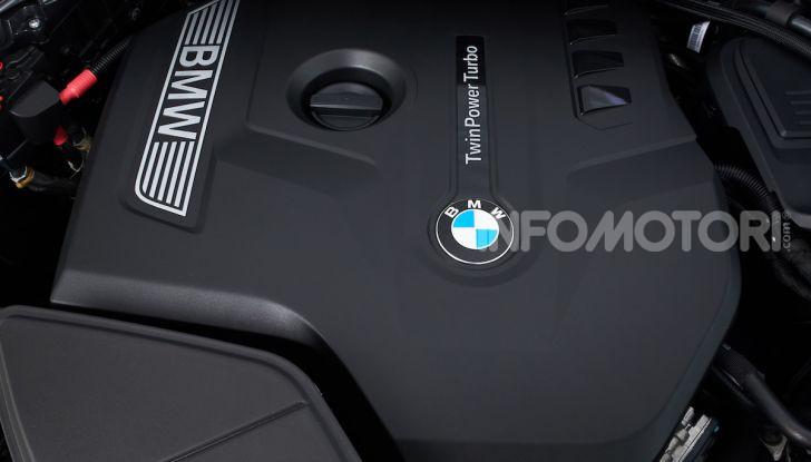 BMW X4 2018, prova in anteprima: SUV d'assalto con tecnologia e stile - Foto 9 di 21