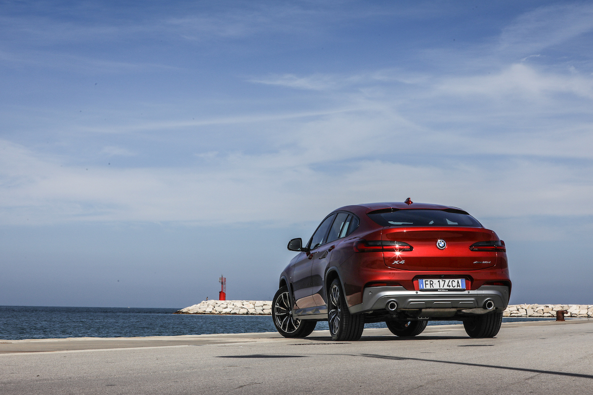 BMW X4 2018 Rear View