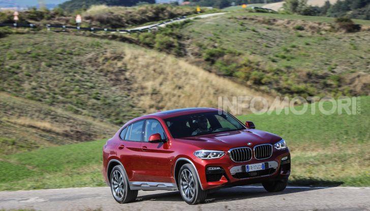 BMW X4 2018, prova in anteprima: SUV d'assalto con tecnologia e stile - Foto 7 di 21
