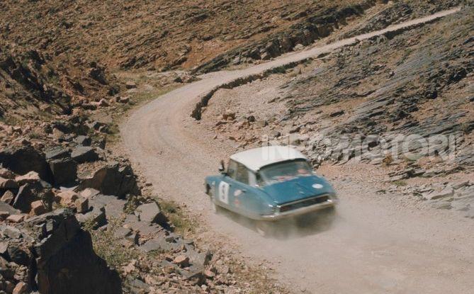 DS 21 al Rally del Marocco: arrivo a Marrakech - Foto 2 di 2