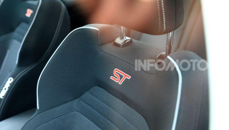 Ford Focus RS 2021: 400 cv ibridi - Foto 10 di 25