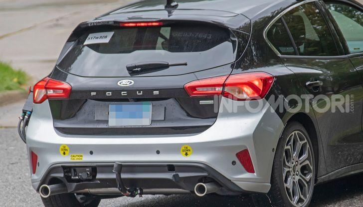 Ford Focus ST 2019, test su strada della versione definitiva - Foto 21 di 25