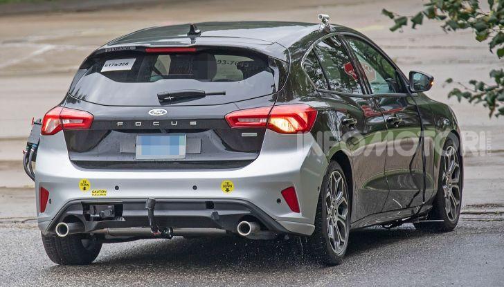 Ford Focus RS 2021: 400 cv ibridi - Foto 25 di 25