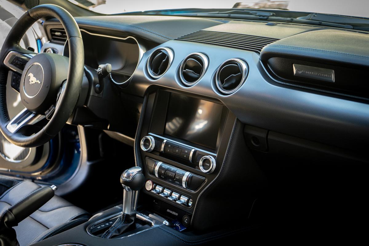 Ford Mustang 2018, gli interni