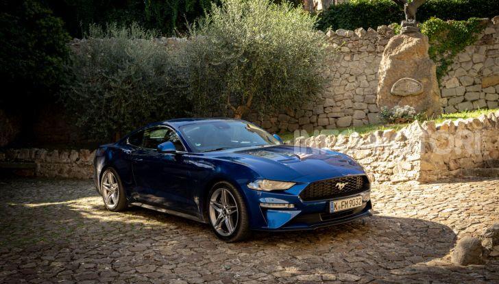 Nuova Ford Mustang GT 2018: La prova del V8 da 450CV - Foto 10 di 27