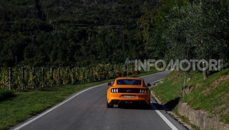 Nuova Ford Mustang GT 2018: La prova del V8 da 450CV - Foto 5 di 27