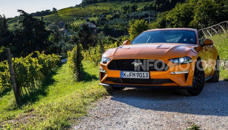 Nuova Ford Mustang GT 2018: La prova del V8 da 450CV - Foto 3 di 27