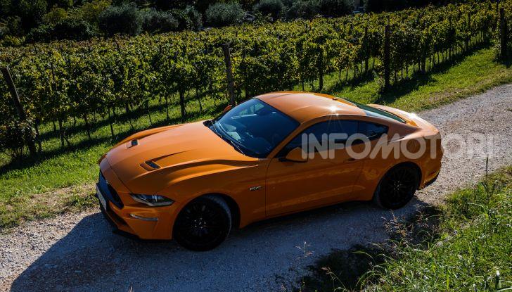 Nuova Ford Mustang GT 2018: La prova del V8 da 450CV - Foto 26 di 27
