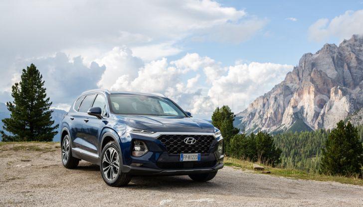 Prova nuova Hyundai Santa Fe 2018: il SUV con 4×4, 7 posti e 200CV - Foto 4 di 24