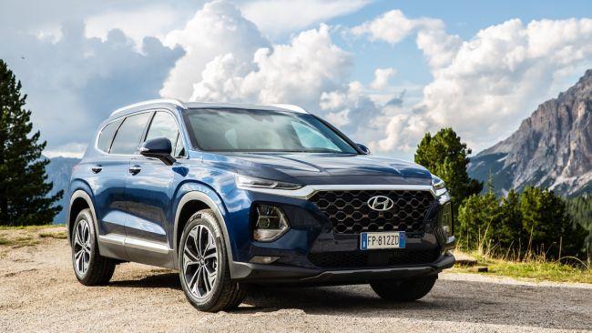 Prova nuova Hyundai Santa Fe 2018: il SUV con 4x4, 7 posti e 200CV