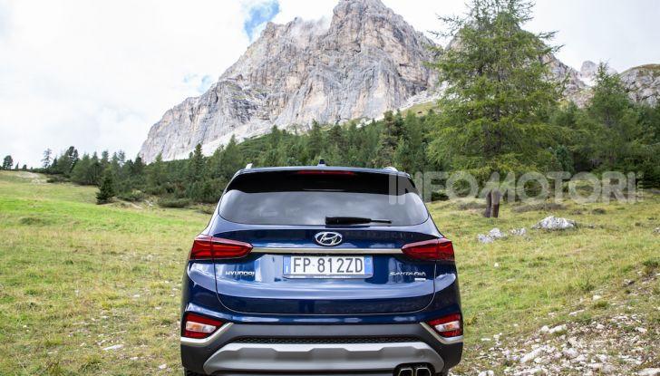 Prova nuova Hyundai Santa Fe 2018: il SUV con 4×4, 7 posti e 200CV - Foto 15 di 24