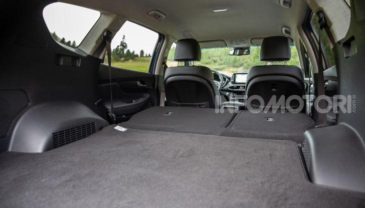 Prova nuova Hyundai Santa Fe 2018: il SUV con 4×4, 7 posti e 200CV - Foto 22 di 24