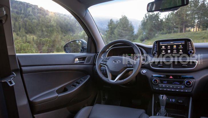 Nuova Hyundai Tucson 2018: Prova su strada del nuovo SUV Hi-Tech - Foto 17 di 18