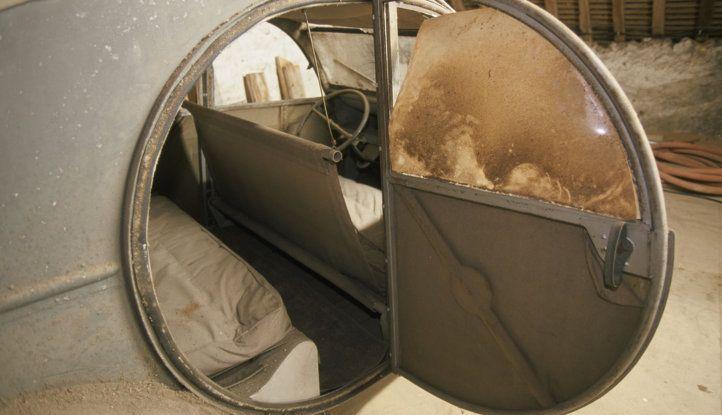 Le astuzie della Citroën 2CV: i sedili - Foto 1 di 4